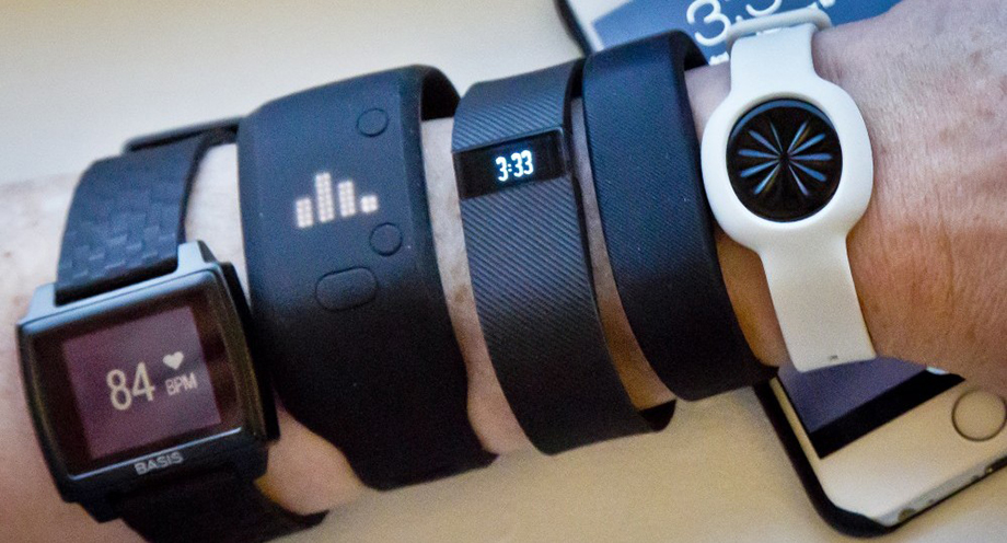 Wearable tech and wrist health trackers, healthy brands, healthy lifestyle brands, fitness trackers, push10, fitbit